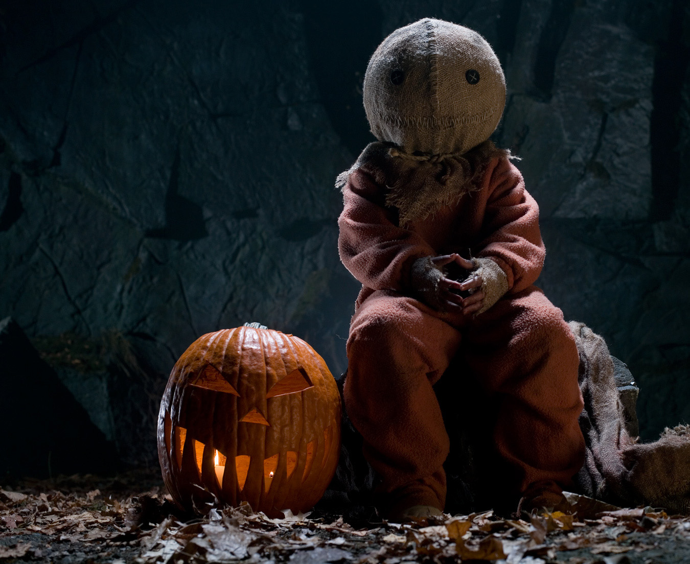 Do Yourself A Favor And Pick Up Trick R Treat For Annual Halloween Viewing Its Pretty Perfect Horror Love Letter To The Season Of Jack O Lanterns